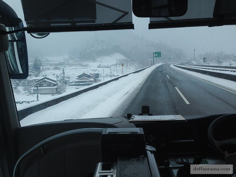 Babymoon ke Jepang - Snowy Road