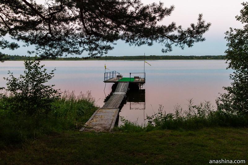Озеро Мстино на закате