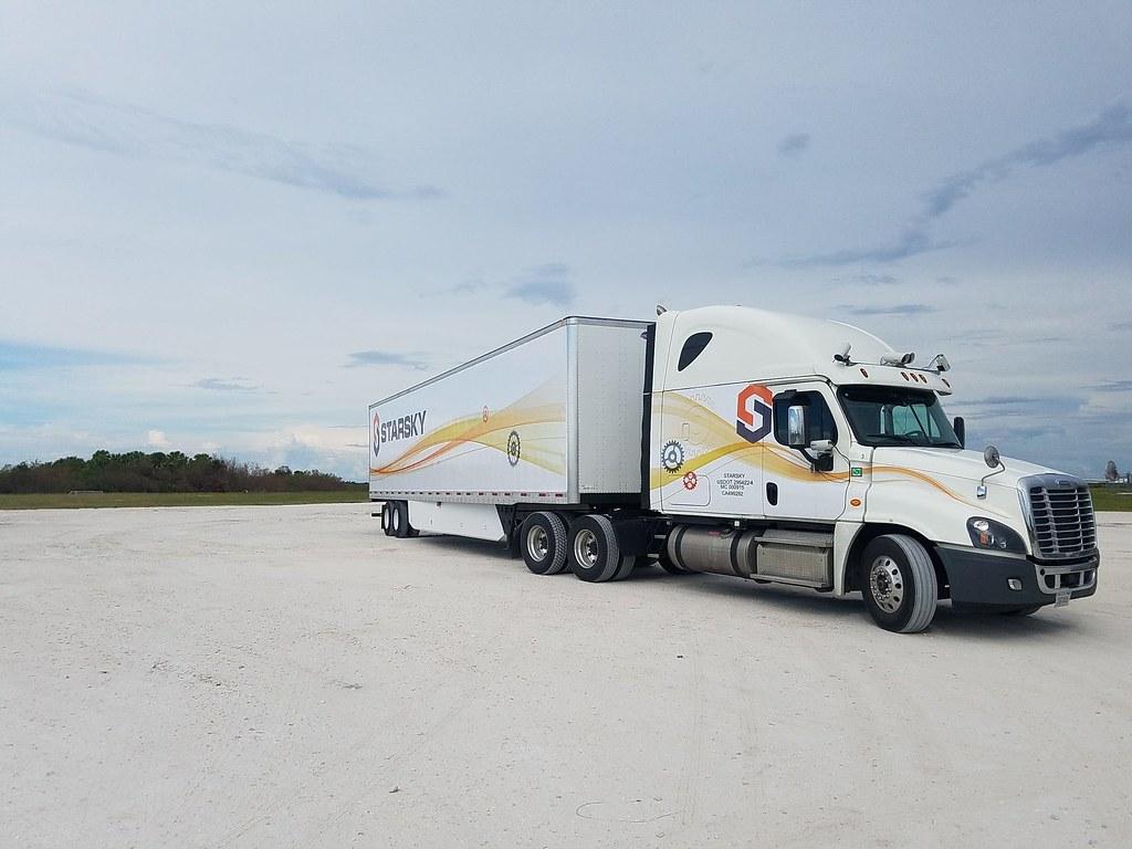 Беспилотный грузовик Starsky Robotics