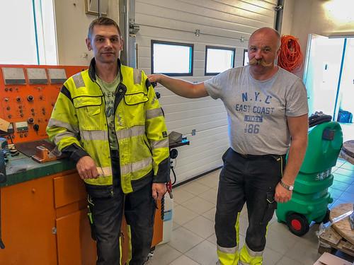 Artis og Stig på SHT AS på Skjervøy