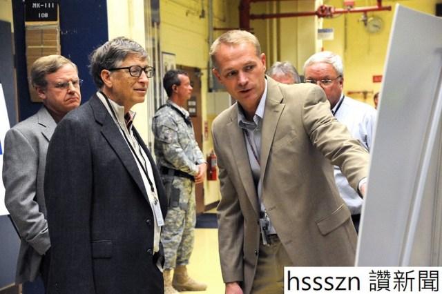 Bill-Gates-at-INL-WEB_1296_862