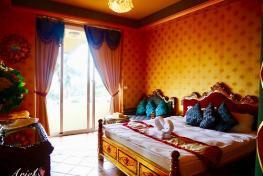 戀戀莎堡特色民宿 Hotel Castillo De Amour  Orange Castle