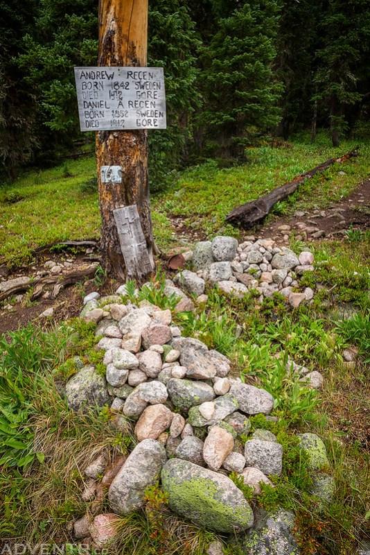 Trail Junction Graves