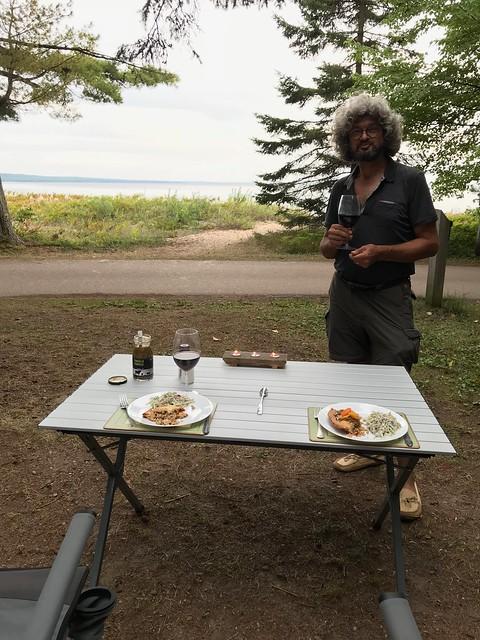 Pancake Bay - Dinner facing the lake with Pierre