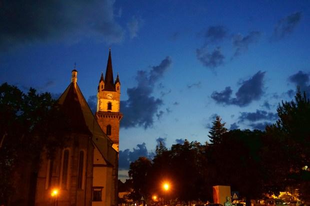 Biserica Evanghelică (Lutheran Church) at dusk, Bistrița