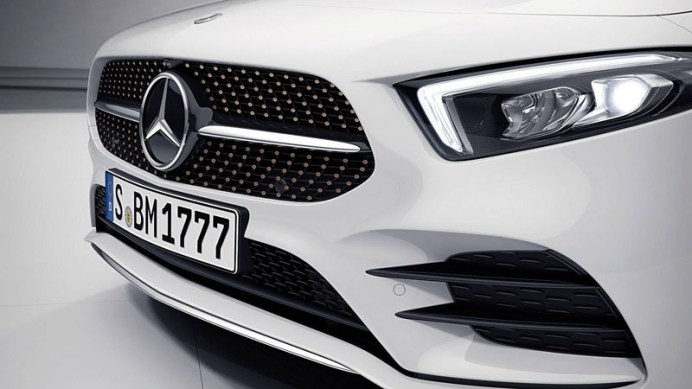 2019-mercedes-a-class-sedan-edition-1 (2)