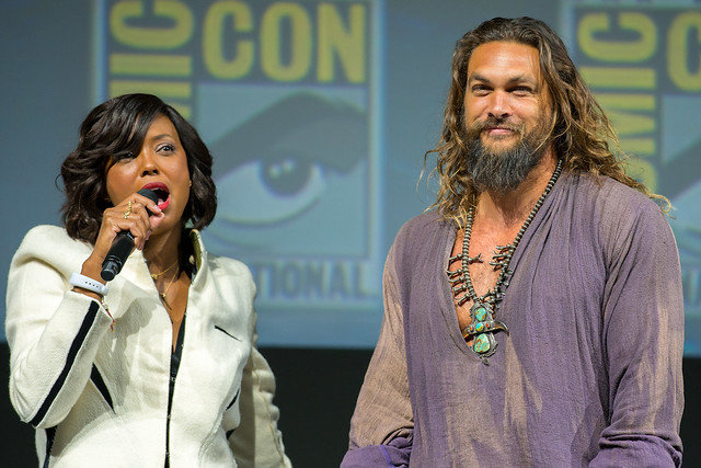 Aisha Tyler and Jason Momoa