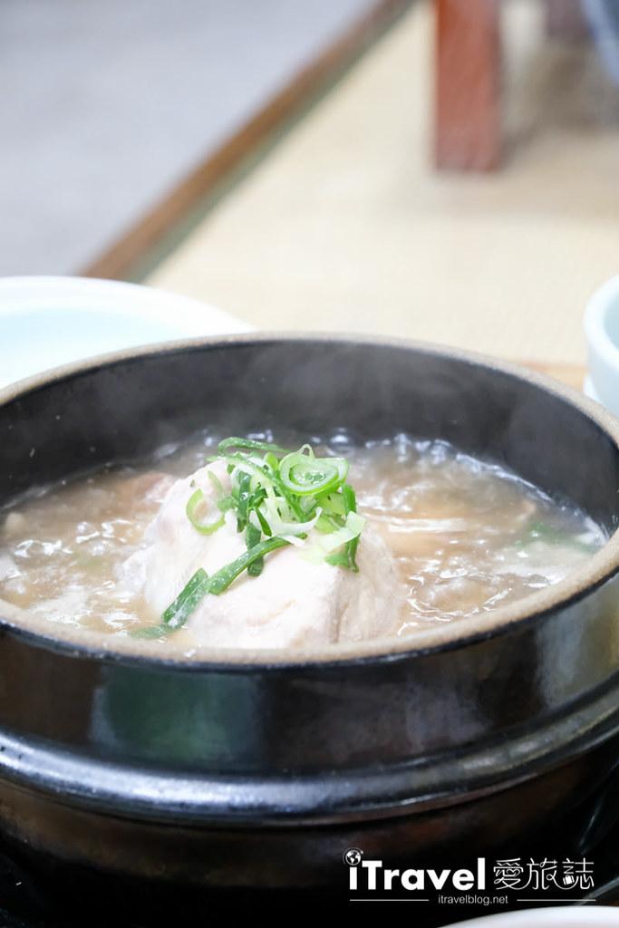 釜山地雷餐廳 五福蔘雞湯 (8)