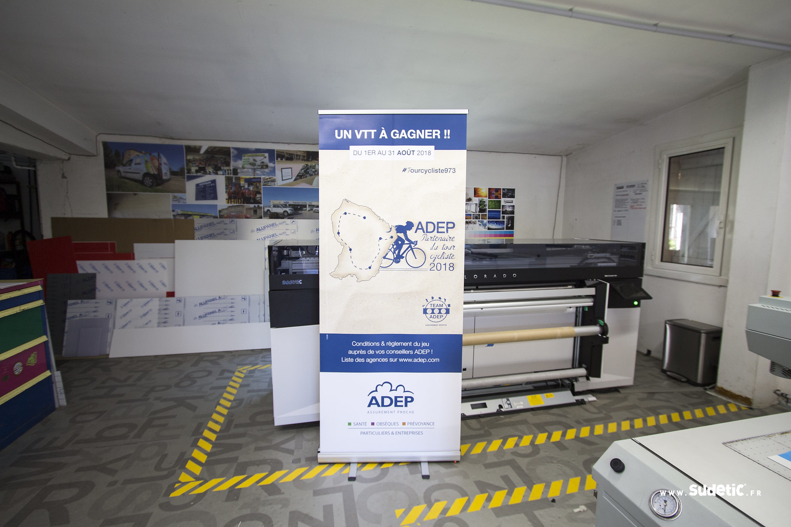 Sudetic stand Roll Up Adep
