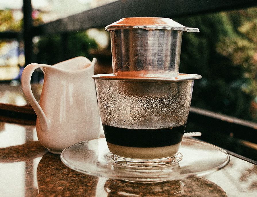 Vietnamese-hot-coffee,-Ca-phe-sua-nong,-hanoi,-coffee-culture,-outlanderly