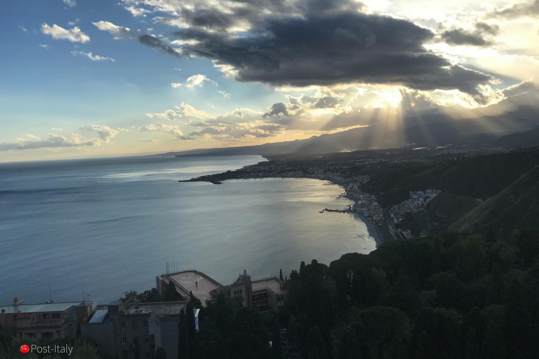 mar-taormina-sicilia