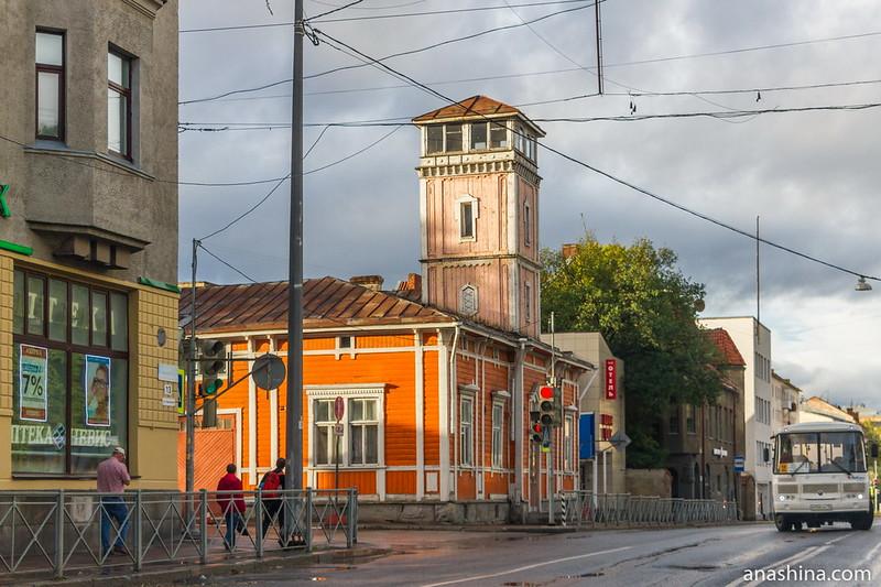 Деревянное здание бывшего пожарного депо с каланчой, Сортавала