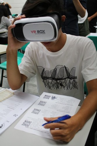 元智新生英語營運用VR虛擬實境 享受英語學習樂趣 (2)