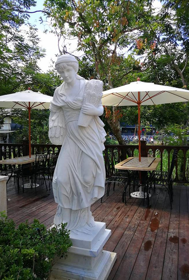 妮娜巧克力夢想城堡 南投 埔里 拍照景點 2018_0825_215215