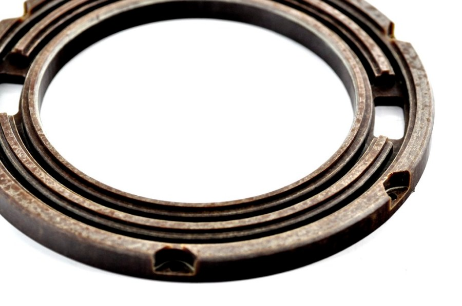 frezowanie ebonitu - detal wycięty i frezowany z płaskiej plyty