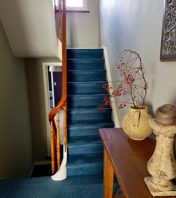Sidetable overloop trap tapijt