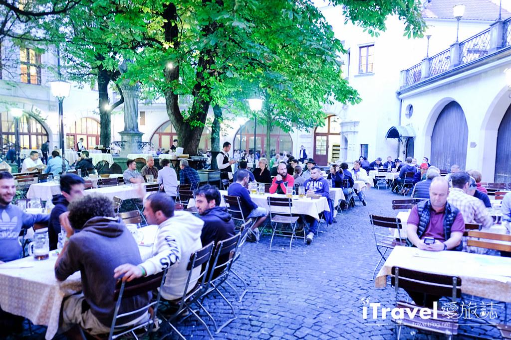 德國豬腳餐廳 皇家宮廷啤酒屋Hofbräuhaus am Platzl (17)