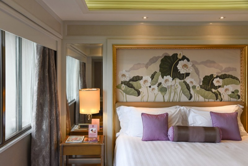 bedroom of the premier suite, dusit thani manila