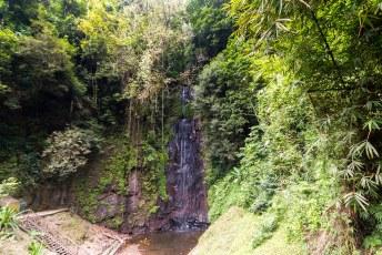 Ik was weer alleen en bezocht deze waterval die nou niet bepaald kan concurreren met Iguazú.