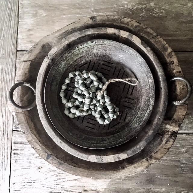 Houten schalen ijzeren schaal woonketting