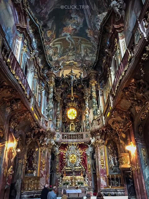 ¿Qué ver en Múnich? | Interior de la Iglesia de Asam | ClickTrip.ES