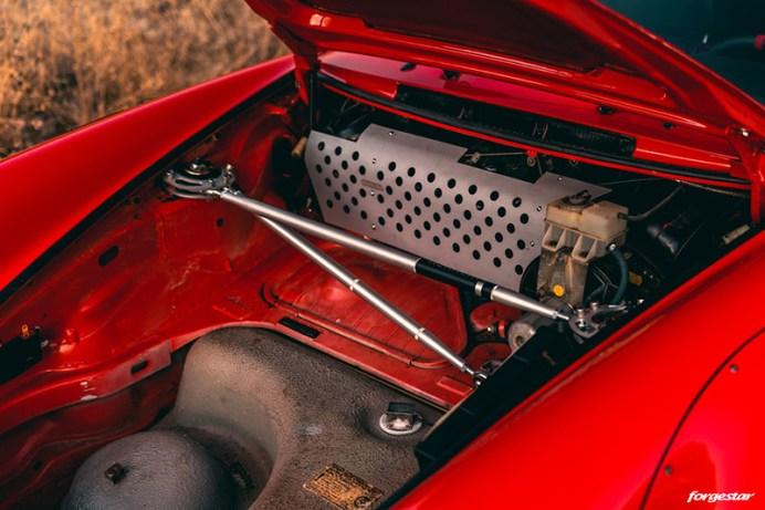 rwb-porsche-964-custom-widebody-classic-car-forgestar-rotary-forged-concave-wheels-g-1024x683