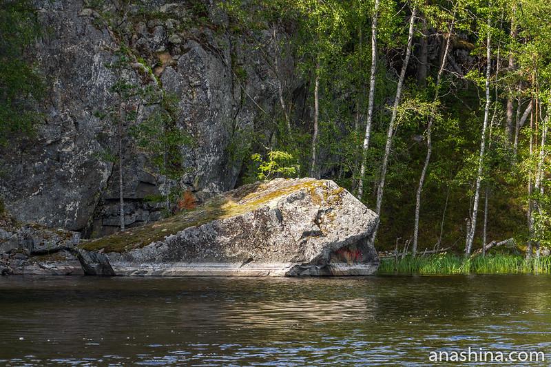 Скалы, остров Каарнетсаари, Ладожское озеро