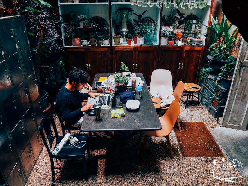 【曼谷咖啡廳特輯二】曼谷老城區Yaowarat最火的巷子《NANA 巷 》三家咖啡廳一次報給你知! @ 亞美將AmiJan :: 痞 ...