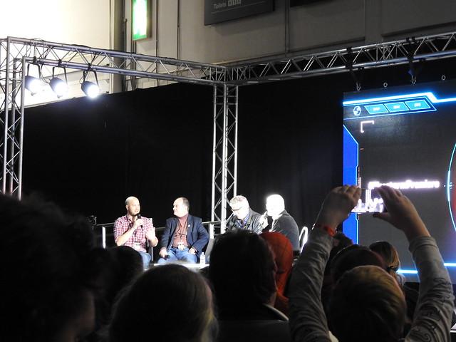 Firestorm panel - MCM Comic Con - Sam Payne Picture 11
