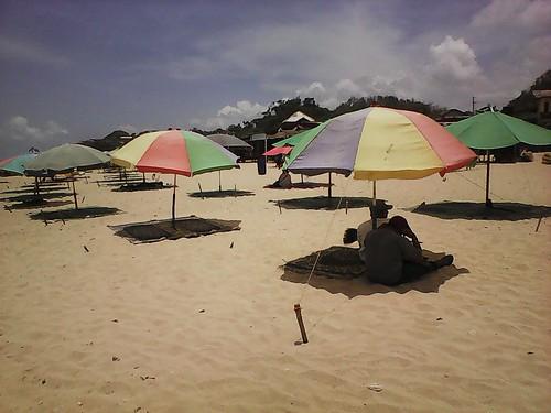 payung pantai drini