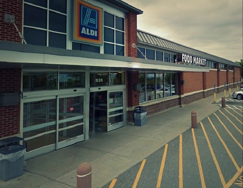 ALDI 5 minutes drive to the west of West Haven Invisalign specialist Shoreline Dental Care