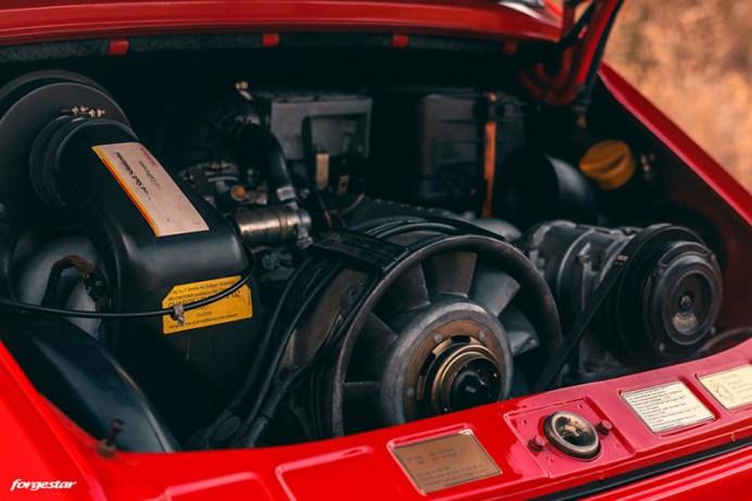 rwb-porsche-964-custom-widebody-classic-car-forgestar-rotary-forged-concave-wheels-i-1024x683