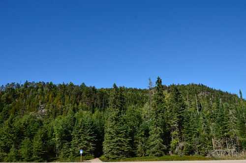 Lake Superior Park - Old Woman Bay trailhead