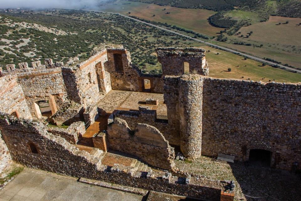 Refectorio interior Sacro Convento y Castillo de Calatrava la Nueva Aldea del Rey Ciudad Real 01
