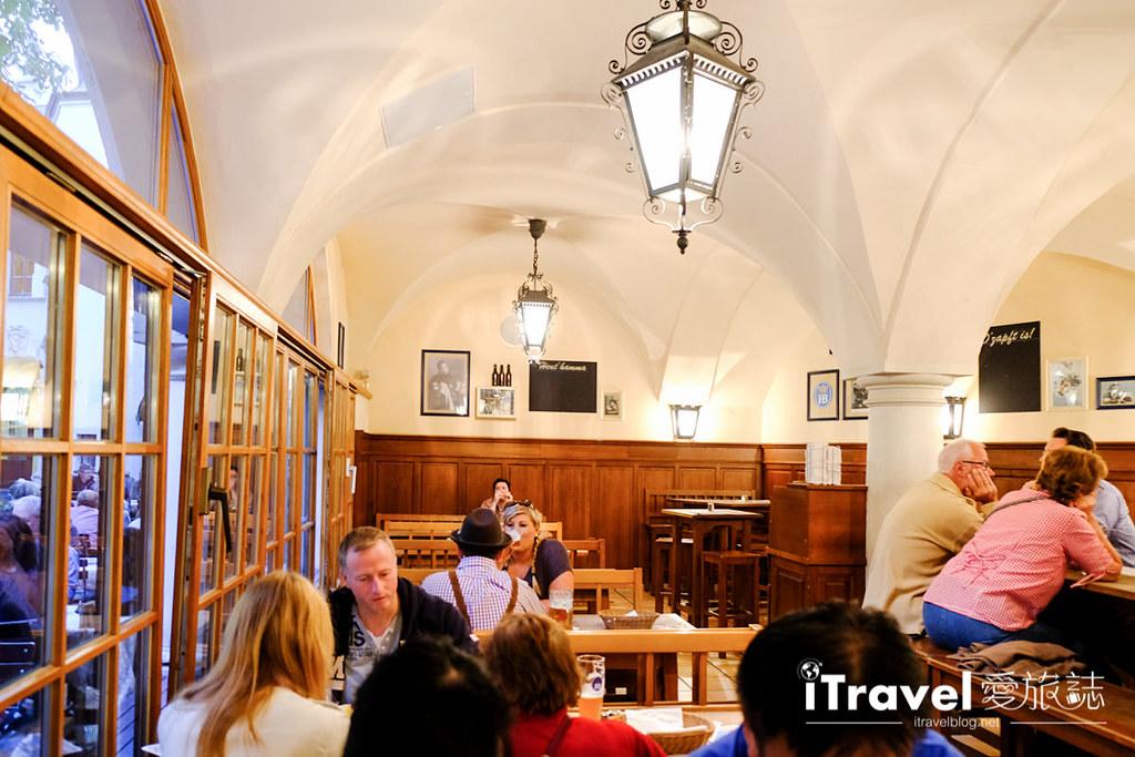 德國豬腳餐廳 皇家宮廷啤酒屋Hofbräuhaus am Platzl (16)