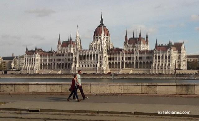 Shoe Monument I - Budapest