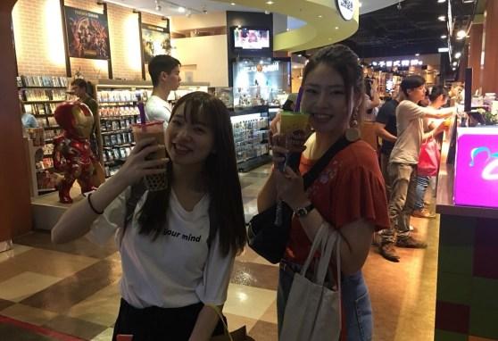 法政大學實習生們對於台灣的「珍珠奶茶」特別鍾愛