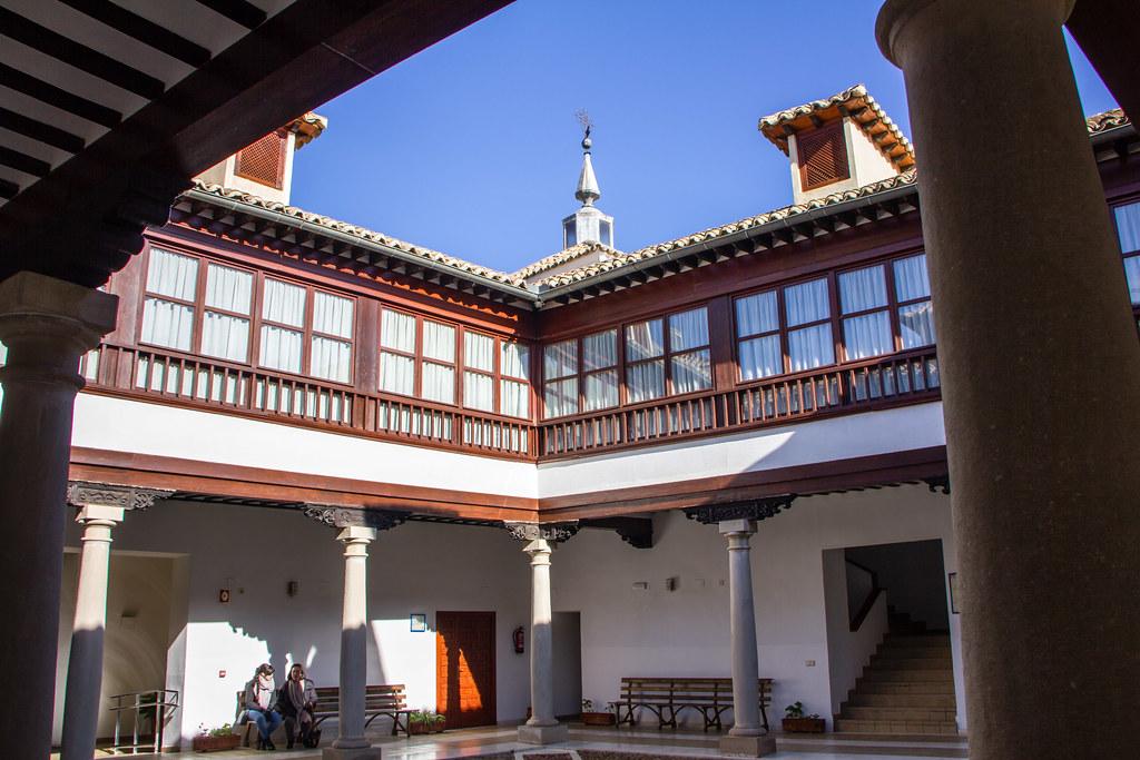 Patio interior Palacio Valdeparaiso Almagro Ciudad Real 03