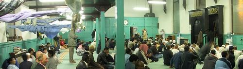 Solat Terawih di Dublin Mosque