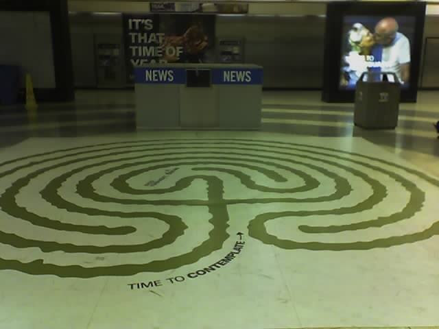 labyrinth in the Powel Street station