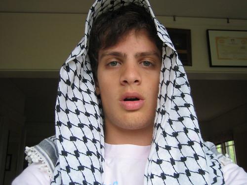 arab headgear, ghutra, american, idiot, saudi