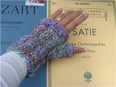 chunky piano gloves