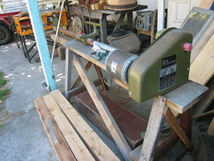 lathe with bed extension
