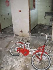 CONSONNO: un giro in bici?