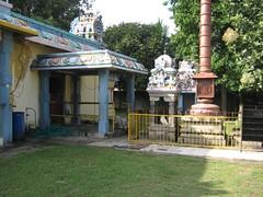 Dwajasthambam, Bali peetam and Nandhi mandapam
