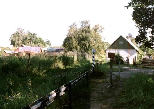 Frontera en los jardines traseros de Valka. Click para ir a la fuente original