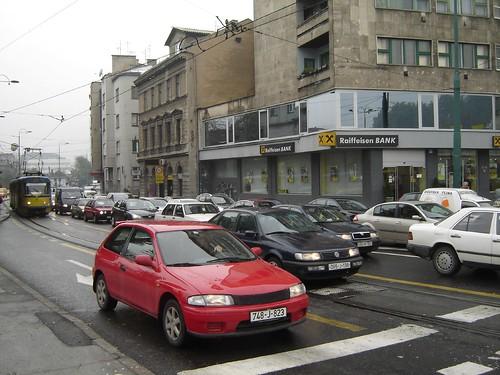 In Sarajevo rar vezi jeep-uri sau masini de neam prost