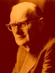 Arthur C. Clarke has died at the age of 90 ,He had lived in Sri Lanka since 1956.