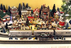 Department 56 Christmas Train Layout
