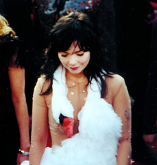 Oscar, Bjork and the Swan Dress